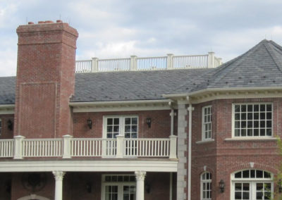 Heavy Grade Gray Slate Blend on Large Brick Residence
